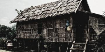 Jendela-bambu